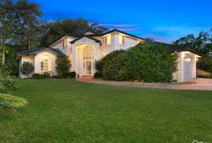 49 Benaroon Ave, St Ives, NSW 2075