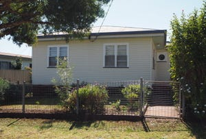 21 Chamberlain Street, North Toowoomba, Qld 4350