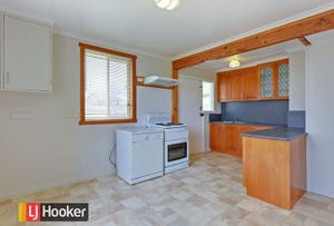 58 Cardigan Street, Somerset, Tas 7322