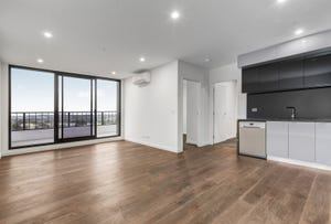 607/5 Sovereign Point Court, Doncaster, Vic 3108