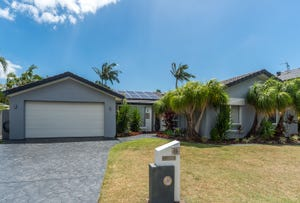 5 Saltbreeze Court, Runaway Bay, Qld 4216