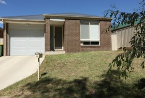 42 O'Shea Street, Lavington, NSW 2641