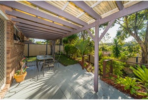 4/4 Monroe Court, Oxenford, Qld 4210