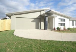 19 Halifax Place, Rural View, Qld 4740