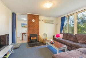 14 Affleck Place, Scullin, ACT 2614