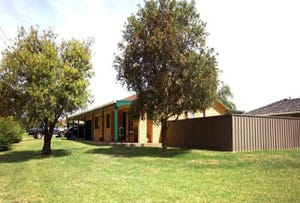 6 Gregory Crescent, Lake Albert, NSW 2650