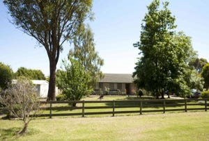 210 Sheehans Road, Hallora, Vic 3818