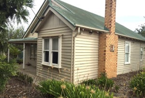5 West Boundary Road, Skipton, Vic 3361