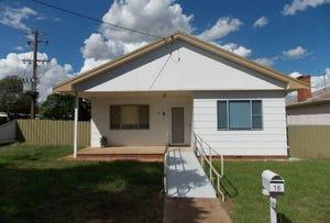 15 East Street, Parkes, NSW 2870
