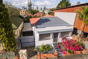 27 Baynes Street, Highgate Hill, Qld 4101