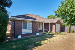 60A Balleroo Crescent, Glenfield Park, NSW 2650