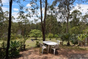 6 Hoods Road, Upper Lockyer, Qld 4352