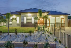 2 Greenvale Crescent, Maudsland, Qld 4210