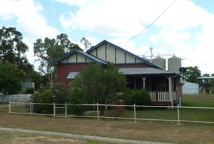 8 Donely Street, Oakey, Qld 4401