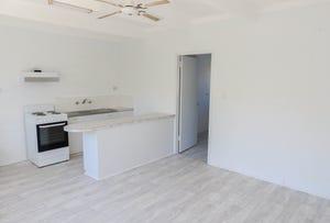 2/201 Plummer Street, South Albury, NSW 2640