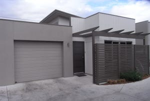 23/23 Latitude Court, Ballarat East, Vic 3350