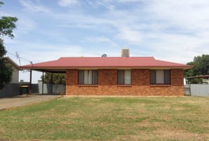 384 Russell Street, Hay, NSW 2711