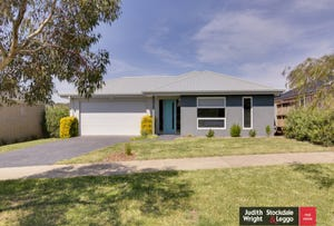 13 Kingfisher Way, Cowes, Vic 3922