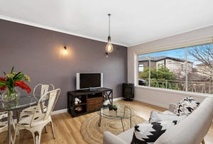 17/2 Stenhouse Avenue, Brooklyn, Vic 3012