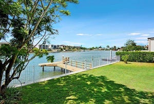 15 Namatjira Court, Broadbeach Waters, Qld 4218