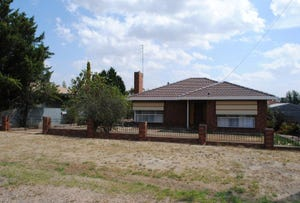 5 Lawrence Street, Dunolly, Vic 3472
