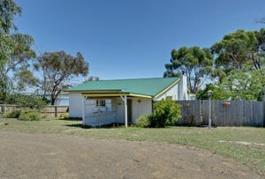 11 Jetty Road, Dodges Ferry, Tas 7173