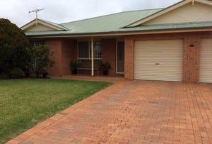 2/143 A'BECKETT STREET, Narromine, NSW 2821