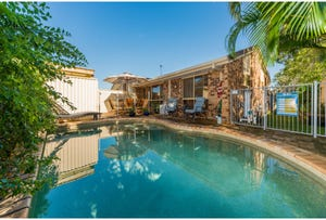 2/5 Burwood Court, Labrador, Qld 4215