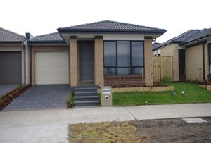 445 Mandalay Ccrt, Beveridge, Vic 3753