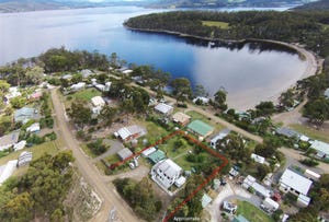 15 Cray Point Parade, Eggs And Bacon Bay, Tas 7112