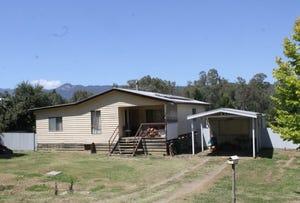92 Great Alpine Road, Myrtleford, Vic 3737