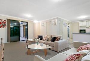 8 Estate Place, Holland Park West, Qld 4121