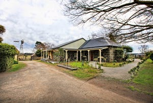 7 Fiddlers Green Road, Kyneton, Vic 3444