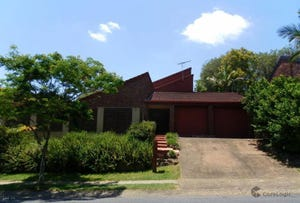 335 Trouts Rd, McDowall, Qld 4053
