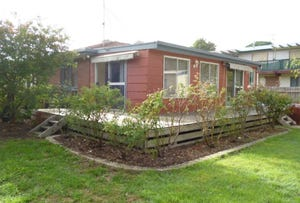 12 Holiday Court, Cowes, Vic 3922