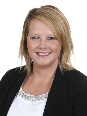 Lesley Byrne