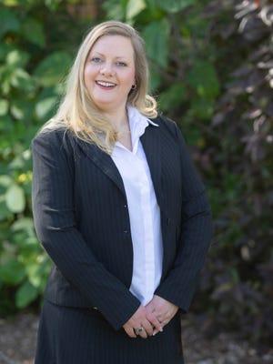Roslyn Burton