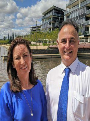 Paul & Robyn Sutton