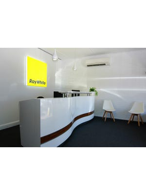 Ray White Drysdale Customer Service