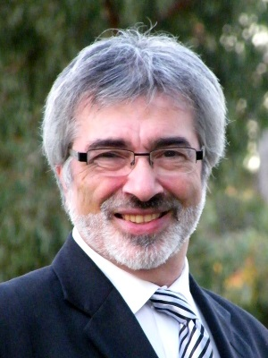 Vic Apakian