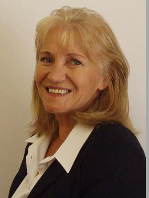 Julie Toth