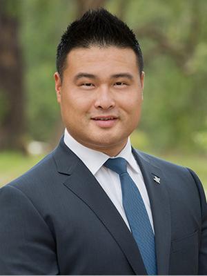 Charles Shi