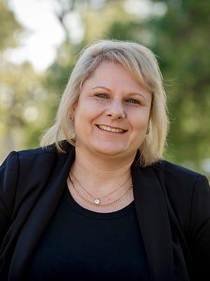 Julie Genery
