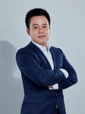 Xian Zhang - Lucas
