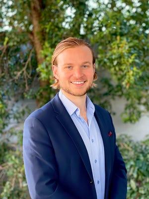 Nick Knauseder