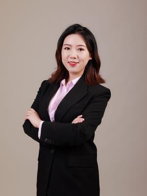 Serena Zhang