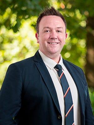 Curtis O'Neil