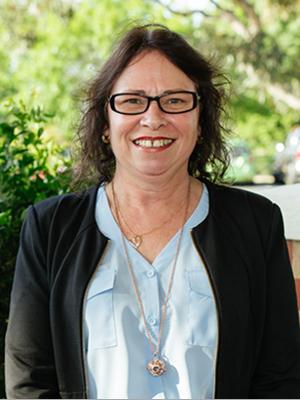 Lynne Riley
