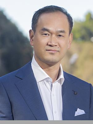 Ken Zhong