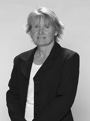 Julie Delves